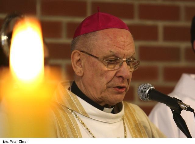 Pred 80 rokmi sa narodil bývalý banskobytrický biskup R. Baláž