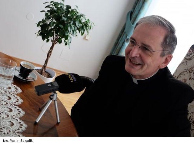 Predseda KBS S. Zvolenský poďakoval veriacim za disciplínu