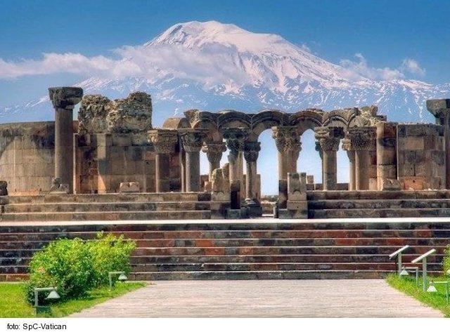 Arménsky exodus z Náhorného Karabachu neustále pokračuje