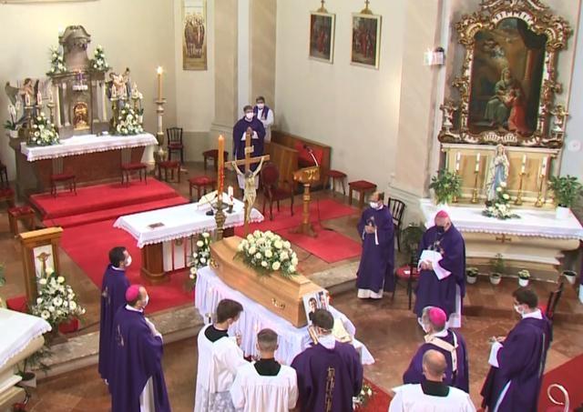 V Rybníku boli pohrebné obrady za zosnulého Jozefa Ižolda