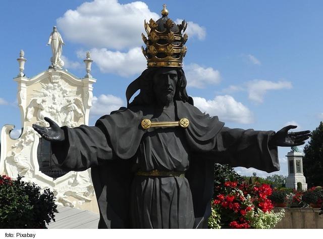 V Katolíckej cirkvi bude najbližšiu nedeľu Slávnosť Krista Kráľa