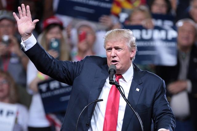 Ako reagoval Vatikán na zvolenie Donalda Trumpa?