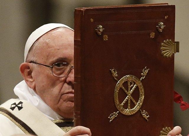 Vatikánsky týždenník (152): Nová pápežova kniha