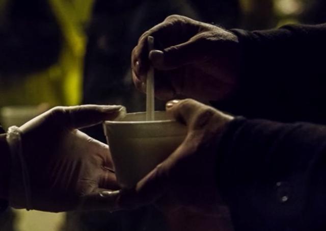 Trnavská arcidiecézna charita potrebuje zimné bundy pre ľudí bez domova
