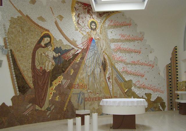 Strecha kláštora bosých karmelitánok v Detve sa vďaka finančnej pomoci dobrodincov dočká rekonštrukcie