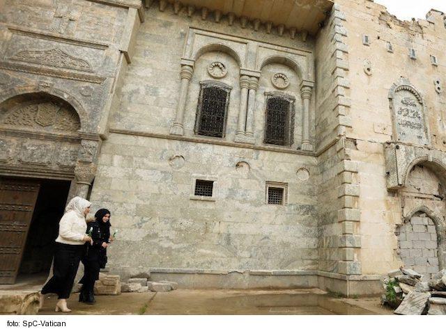 Pápežská nadácia ACN poskytne irackým vysokoškolákom jeden a pol milióna eur