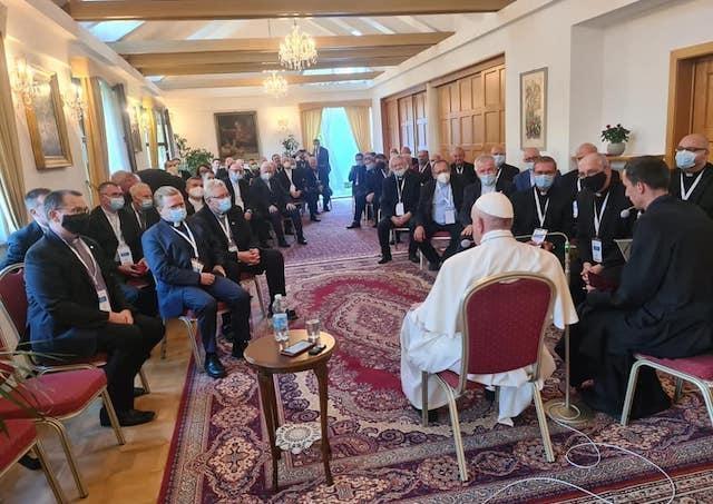 Slová Svätého Otca, ktoré povedal nám, sú adresované všetkým, hovorí provinciál jezuitov