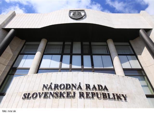 Vašečka navrhne odvolať Bittó Cigánikovú z postu šéfky zdravotníckeho výboru