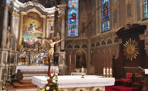 Biskupská a kňazské vysviacky v našich priamych prenosoch
