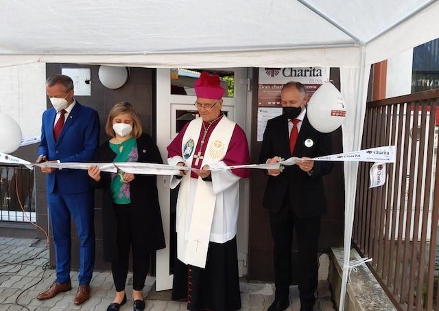 V Žiline otvorili nový Dom charity svätého Vincenta