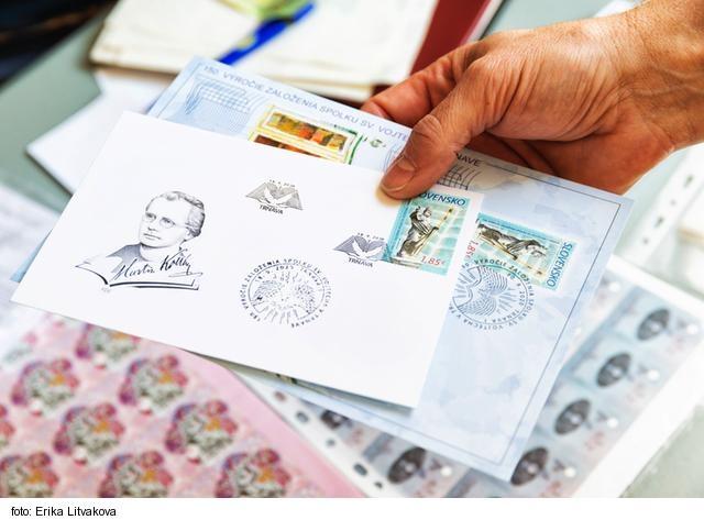 Každou poštovou známkou môžete niekomu pomôcť