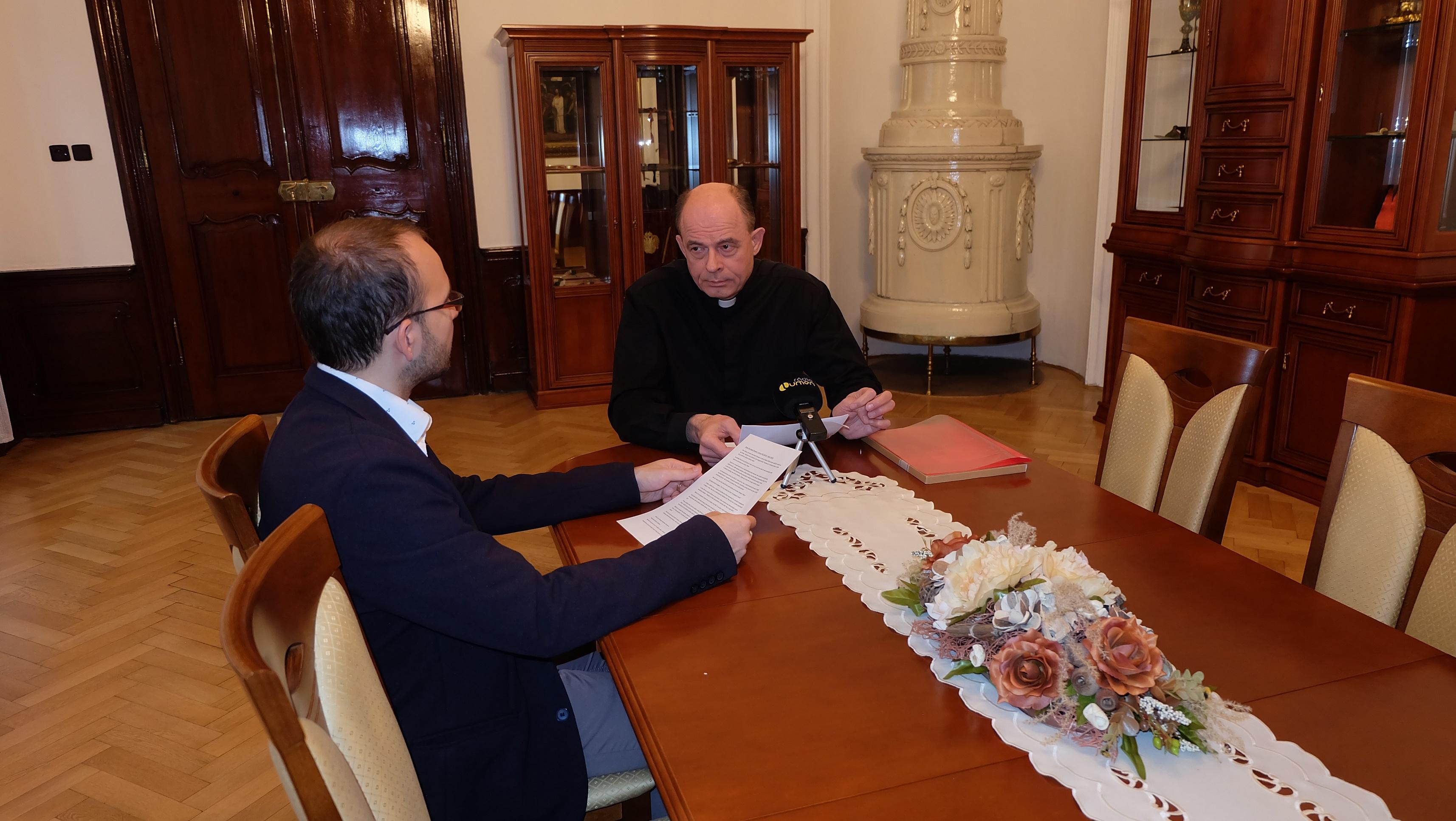 Biskup Marián Chovanec v rozhovore s redaktorom Ivom Novákom